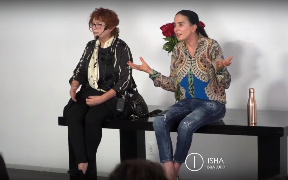 Isha nos habla sobre felicidad interior vs proyectos externos