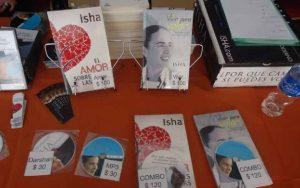Isha – junto a-sus estudiantes